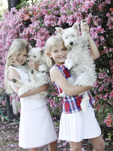 LONDON-AND-SEDONA-FULLER-FASHION-7-Lee-FLOWERS-AND-PUPPIES-4